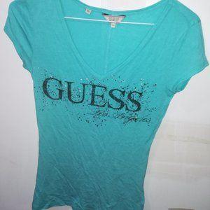 Guess logo t-shirt XS - NWOT